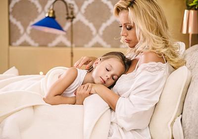 A nőknek több alvásra van szükségük, mint a férfiaknak?
